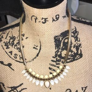 New York and company necklace